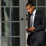 Obama says that he can't own an Apple iPhone