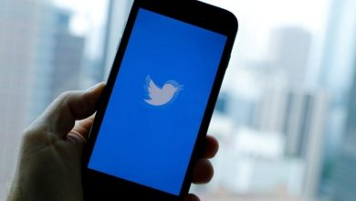 Photo of تويتر تسمح لك باخفاء الردود على تغريداتك ، لكن الجميع يمكنهم مشاهدتها