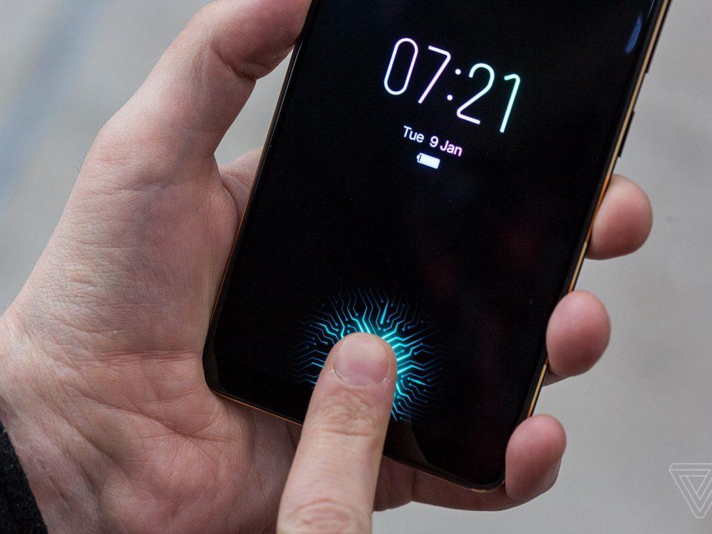 كيف تحل مشكلة بطء استجابة البصمة تحت الشاشة في هواتف سامسونج