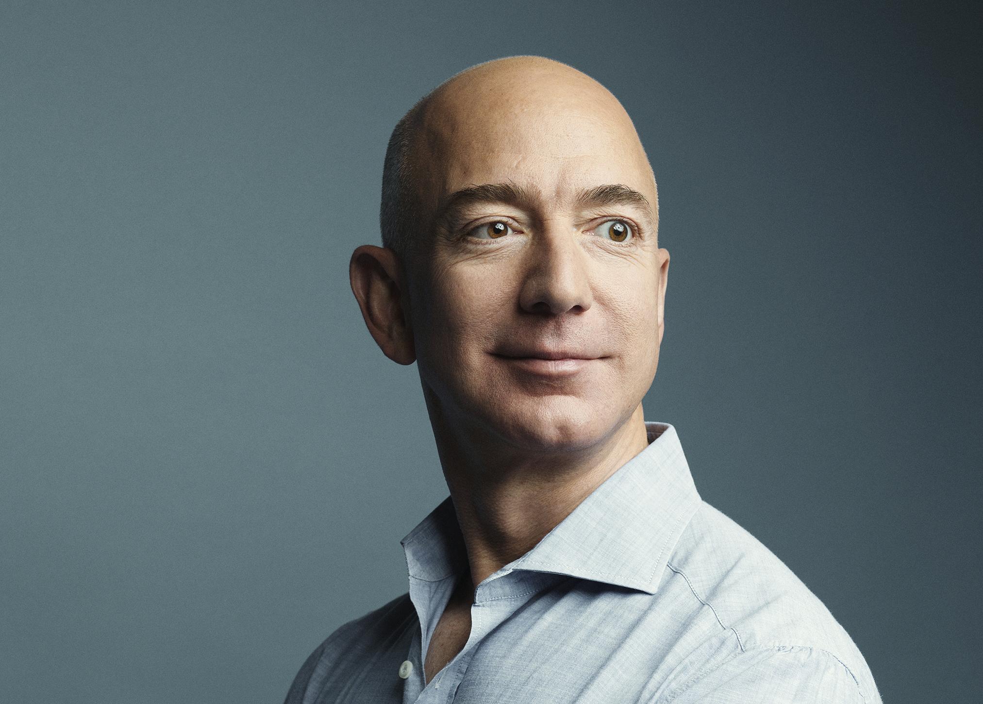 مؤسس أمازون أغنى شخص على كوكب الارض في 2018