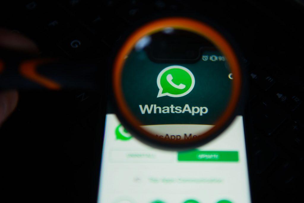 واتس آب يرسل تحديث مهم على تقنية (صورة داخل صورة) للاندرويد