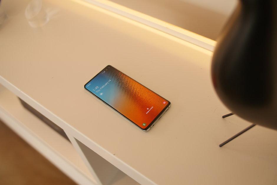 سامسونج تكشف رسميا عن هاتف جالاكسي اس 10 في 4 موديلات : هذه هي الفوارق بينهم 11
