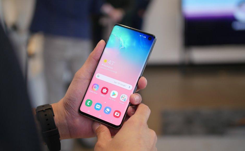 سامسونج تكشف رسميا عن هاتف جالاكسي اس 10 في 4 موديلات : هذه هي الفوارق بينهم 1