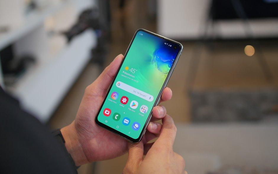 سامسونج تكشف رسميا عن هاتف جالاكسي اس 10 في 4 موديلات : هذه هي الفوارق بينهم 7