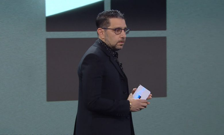 Photo of Surface Duo : أول فيديو لهاتف مايكروسوفت القابل للطي